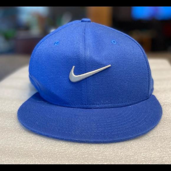 Nike Flat Brim Hat